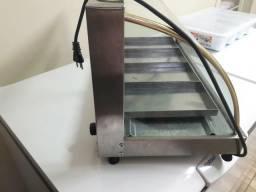 Uma estufa semi novapouco usada