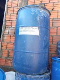 Galão de 200 litros
