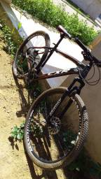 Bicicleta esportiva CXR VENDO OU TROCO