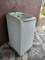 Máquina de lavar bate seca Electrolux 8 kg