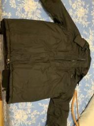 Jaqueta impermeável importada