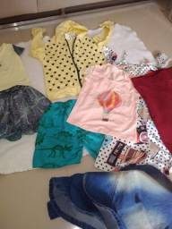 Lote de roupas , infantil e adulta