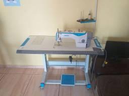 Máquina de costura Jack f4