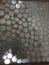 Vendo lote de 150 moedas de cruzeiros