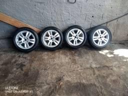 Jogo de rodas 15 com pneus