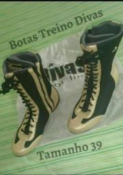 Título do anúncio: Sapatos femininos de Malhar T:39