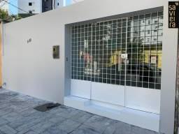 Casa comercial disponível para aluguel em Boa Viagem! 3 salas   1 salão grande com copa  2