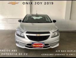 Título do anúncio: Onix Joy 2019 liga 81 9. * luciana