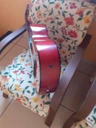 Vendo violão São Gonçalo do Rio abaixo MG.