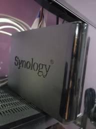 Servidor de Arquivos NAS Synology DS213