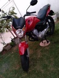 Vendo moto Titan EX 150 ano 2010/2010 documento em dias