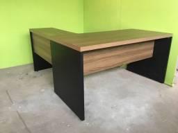 Mesa para escritório em L seminova