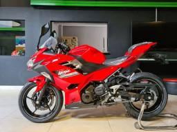 Ninja 400 vermelha a pronta entrega