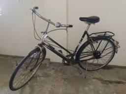 Bicicleta antiga holandesa