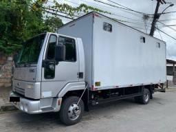 Caminhão Ford Cargo 816 S