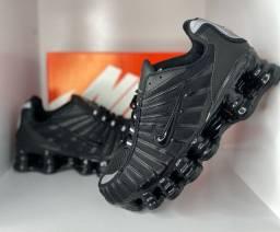 Nike Molas 12