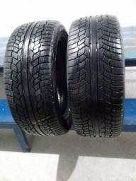 Par de pneus aro 20