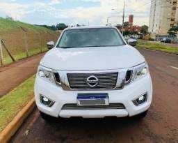 Nissan Frontier CD, LE, bi turbo, diesel, modelo 2017 - 2017