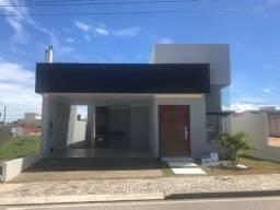 Casa - Ecoville - 121m² - 3 suítes - Churrasqueira - 2 VGS