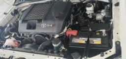 Toyota Hilux 3.0 srv limited editiom 4×4 automático - 2014