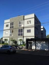 Apartamento semi-mobiliado c/ 1 suíte e 2 quartos - Região do Lago