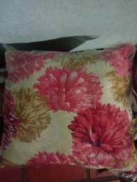 Vendo lindas almofadas para decorar a sua casa.