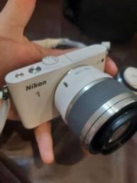 Câmera Nikon J1
