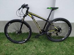 Bike Caloi Comp aro 29 tam. 17. Freio hidráulico, trava da susp. no guidão. Nota fiscal