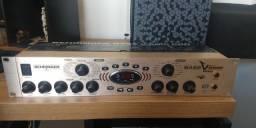 Behringer V-Amp PRO Bass