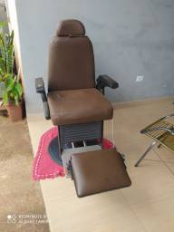 Cadeira de barbeiro ferrante e suporte para máquinas
