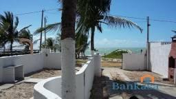 Na Avenida Beira Mar - 3 quartos sendo 2 suítes - Em Itamaracá
