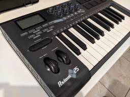 Teclado M-Audio Axiom 25 controlador