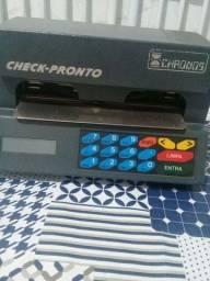 Impressora de preencher cheque.