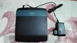 Título do anúncio: Roteador Linksys EA2700 N600 Dual-Band Smart Wi-Fi Wireless, estado de novo