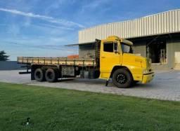 Título do anúncio: Caminhão truck Mercedes bens 14 18 e reduzido.