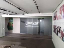 Título do anúncio: Andar corrido ideal para consultórios, 413 m2, dividido em salas, 08 banheiros, localizado
