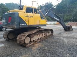 Escavadeira Volvo 140 leia o anúncio