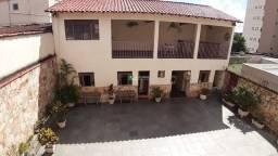 Título do anúncio: Casa à venda, 7 quartos, 1 suíte, 4 vagas, Vila Clóris - Belo Horizonte/MG