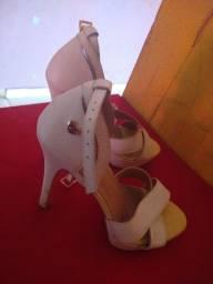 Título do anúncio: Sapato carmen Stefany Tam 37/38