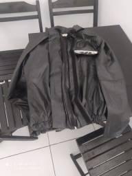 Vendo roupa de motoqueiro, blusão e calça