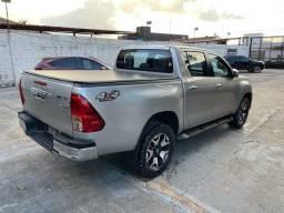 Toyota Hilux parcelado leia o anúncio