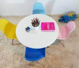 Conjunto de Mesa  Infantil 4 cadeiras