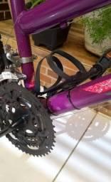 Mountain Bike Nova, Feminina 18 Marchas !