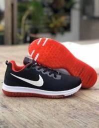 Título do anúncio: Tenis (Leia a Descrição) Tênis Nike Zoom Red Novo
