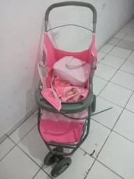 Carinho de bebe e fritadeira elétrica