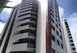 Apartamento com 3 qts sendo uma suite com vista para mar