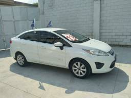 Ford Fiesta Sedan Se Manual 2013 - Falar c/Rose - Raion Mitsubishi