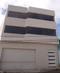 Prédio comercial em Bezerros, 10 salas