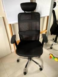 Cadeira de Escritório Semi-Nova