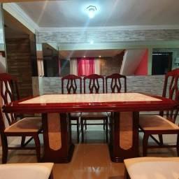 Título do anúncio: Mesa com tampo e pés de mármore traventino
